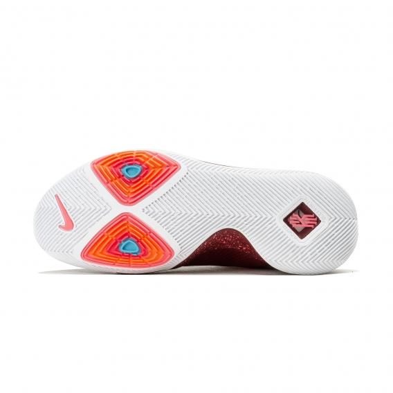 کفش والیبال نایکی مدل Kyrie 3_R